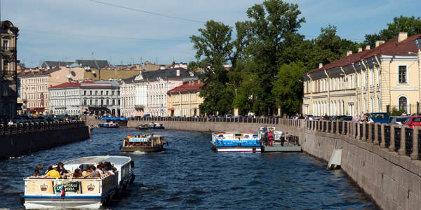 St. Petersburg tour & Canal cruise