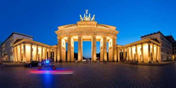 'Glorious Berlin' Tour from Warnemuende (Cruise Ship)